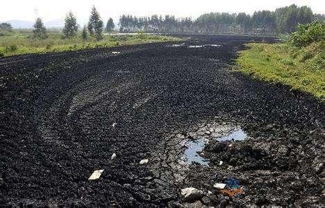 污泥处理:污泥处理的全过程。